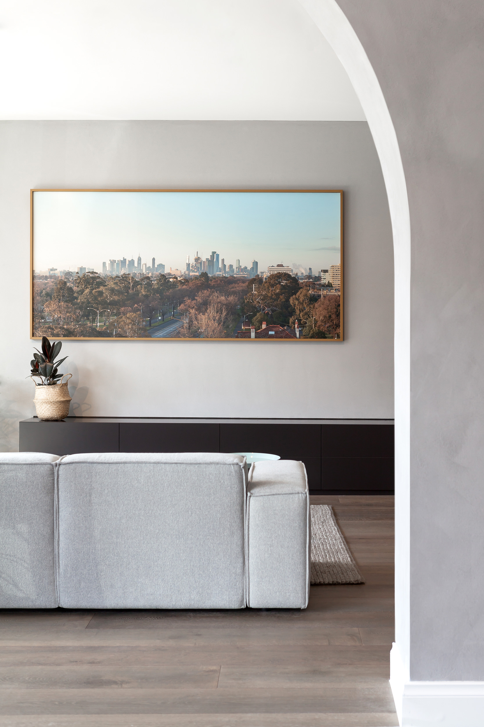 Brompton residential construction living room archway